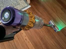 Dyson-V15-Detect-Total-Clean-review