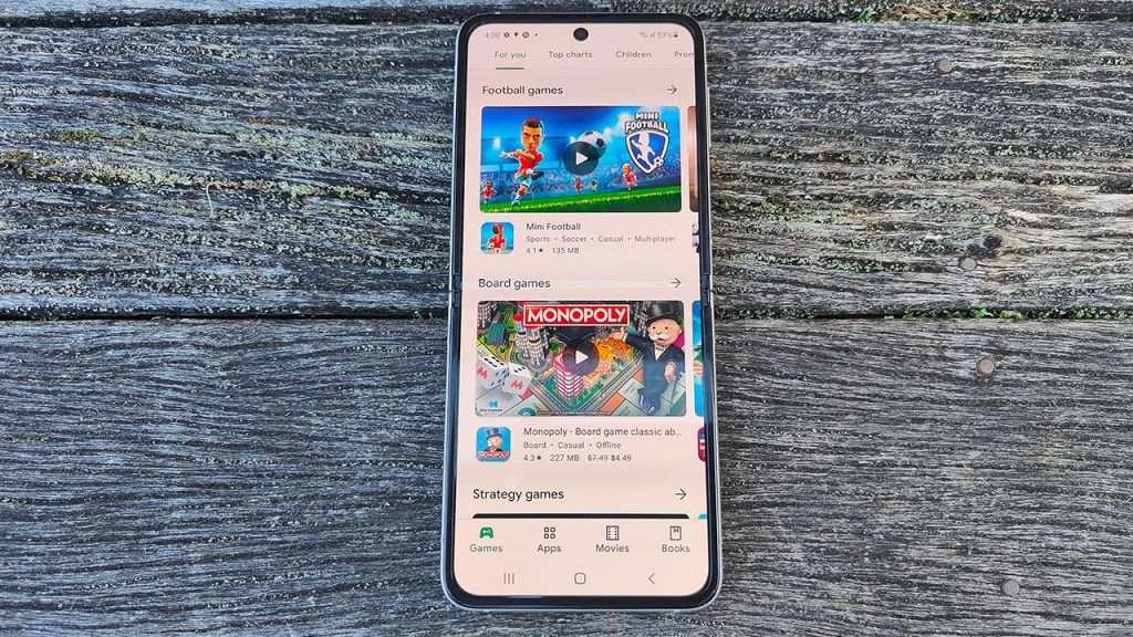Samsung Galaxy Z Flip3 review 1