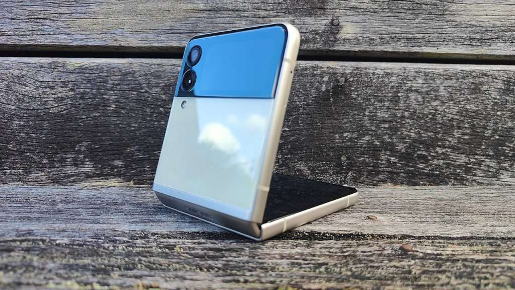 Samsung Galaxy Z Flip3 review 5
